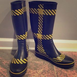 Kate spade boots 💦